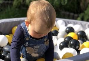 Suchy basen z kulkami dla dzieci – jaki wybrać?